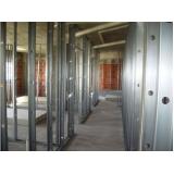 ferragem para forro drywall em construção Verava